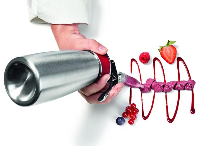 modern techniques: siphon   2 chefs ibiza